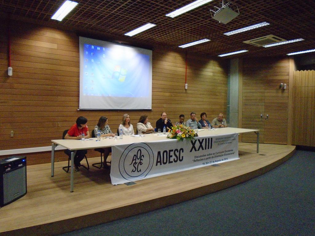 Mesa de Autoridades