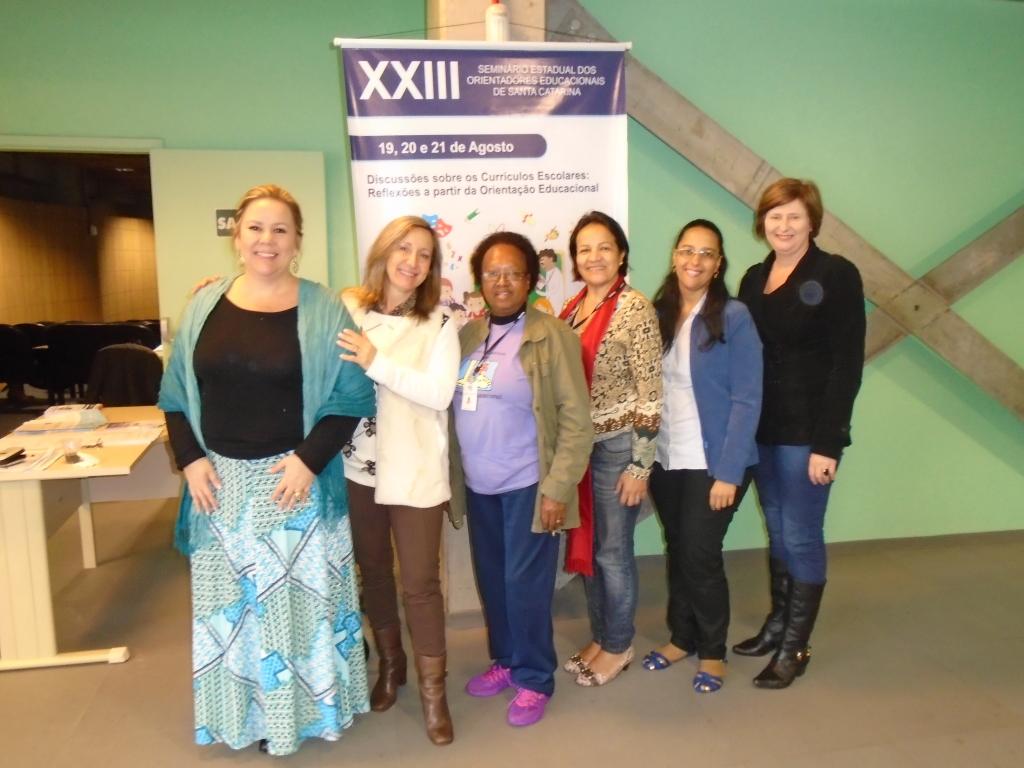 Diretoria da AOESC e convidadas participantes Orientadoras Educacionais da AOERGS.