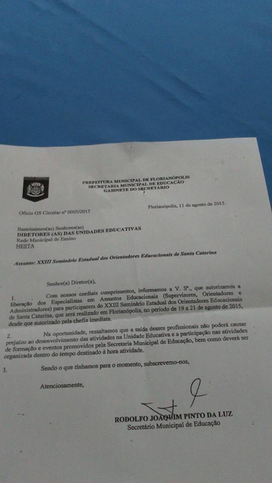 Ofício n°0005/2015 emitido pela Secretaria Municipal  de Educação de Florianópolis