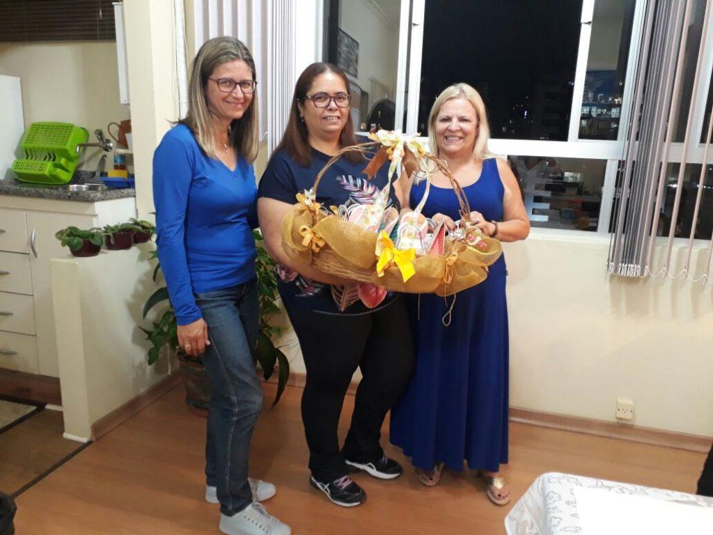 Membros da Diretoria executiva da AOESC. Presidente O.E Marilys de Souza Barreto, Tesoureira O.E Lucia Maria dos Santos Machado e a 2ª Tesoureira O.E Katarina Grubisic