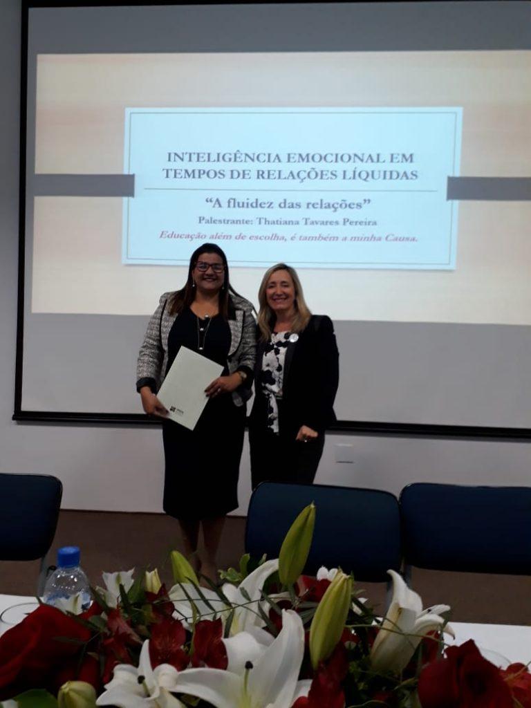 """Palestra """"Inteligência Emocional em tempos de Relações Líquidas."""" com a Profa. O.E Thatiana Tavares Pereira"""
