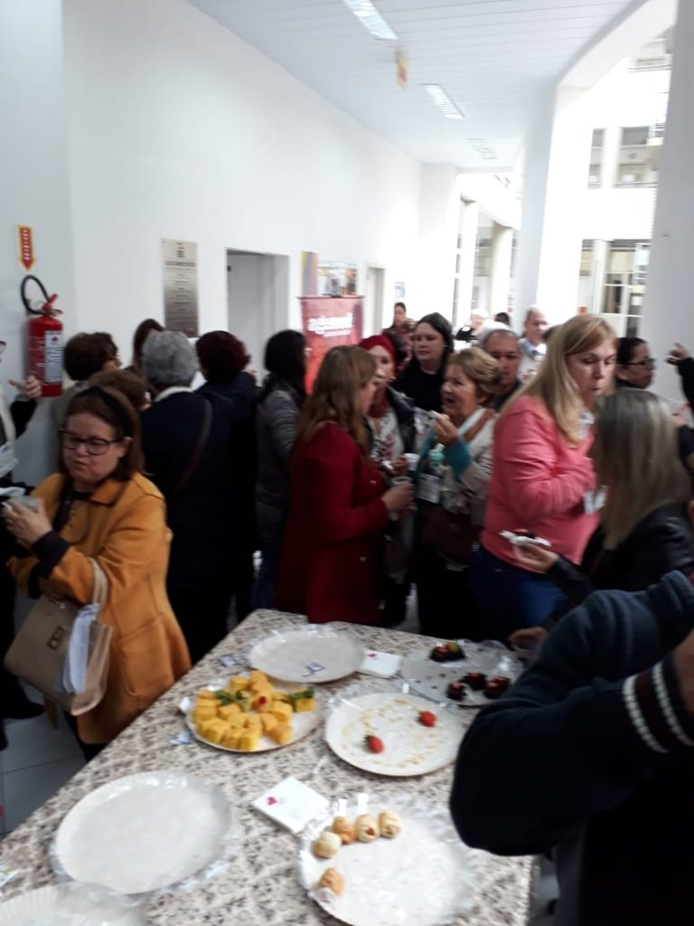 Momento do Coffee Break do XXVI Seminário da AOESC