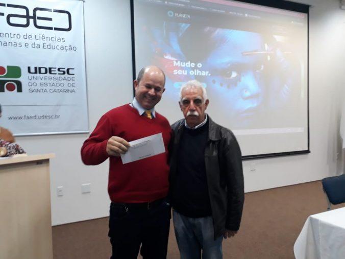 Entrega de prêmios do sorteio   do XXVI Seminário da AOESC