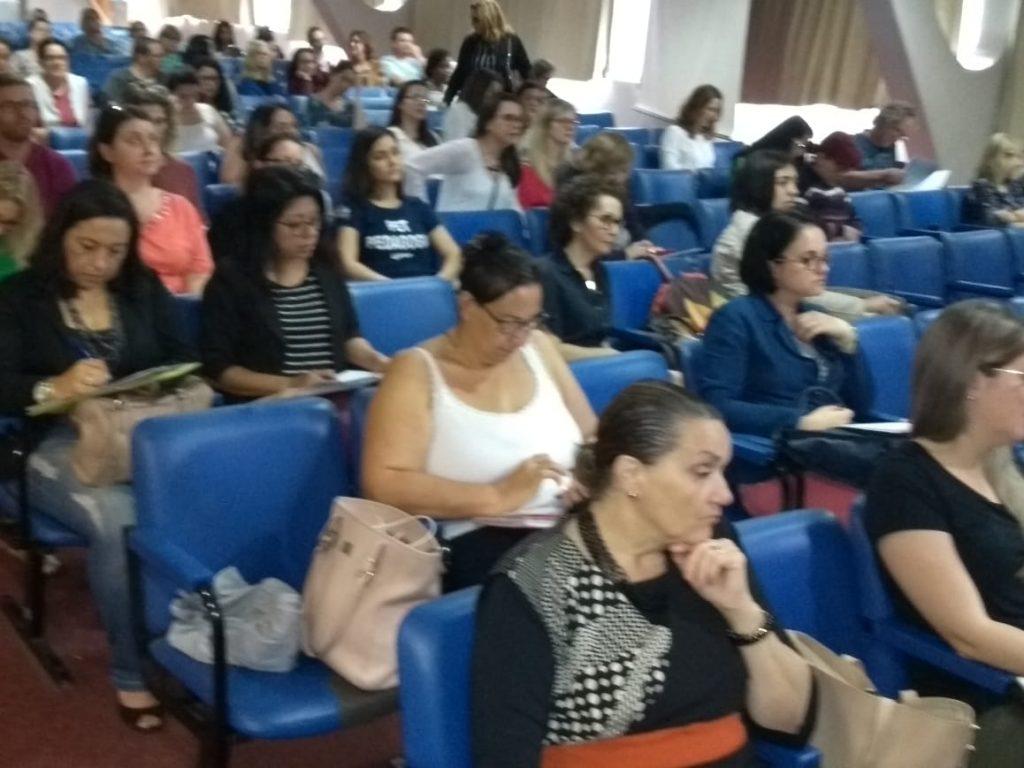 Público do XXVII Encontro Estadual de Supervisores Escolares de Santa Catarina
