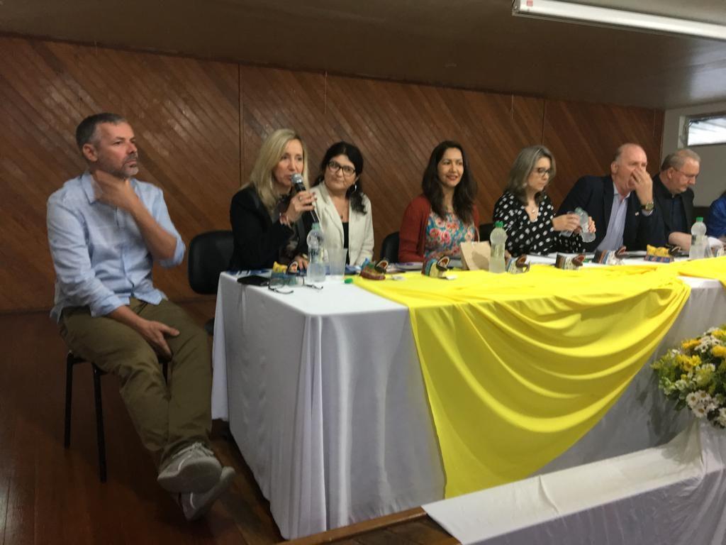 Mesa de Autoridade do XXVII Encontro Estadual de Supervisores Escolares de Santa Catarina