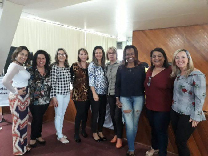 Presidente Sra. Diléia e as Supervisoras Escolares