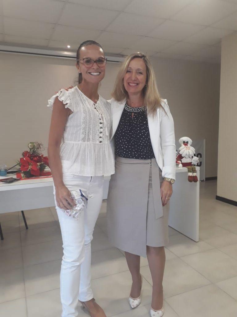 Presidente O.E. Diléia Pereira Bez Fontana com a Palestrante Dra Ana Paula Callado Czernay, da AGEMED