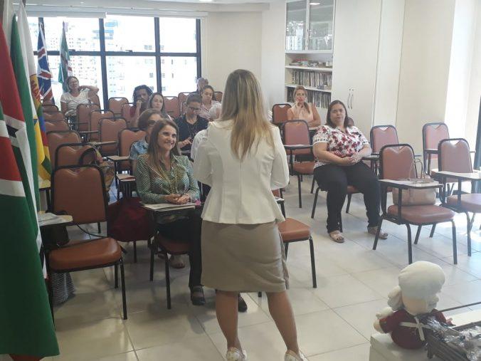 Presidente O.E. Diléia Pereira Bez Fontana, dando as boas vindas ao Evento.