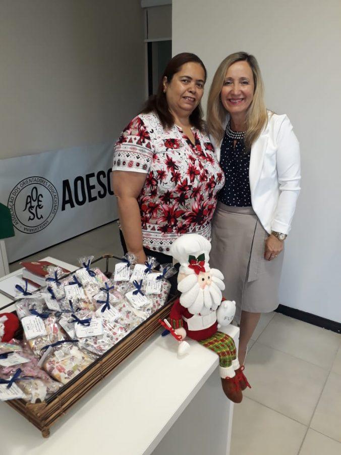 Presidente O.E. Diléia Pereira Bez Fontana e Tesoureira Lúcia Maria dos Santos Machado