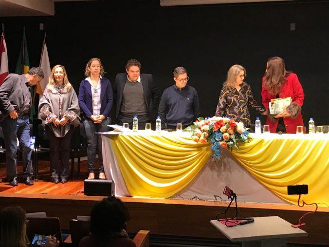 Mesa de Autoridades do XXVIII Encontro dos Supervisores Escolares de SC.